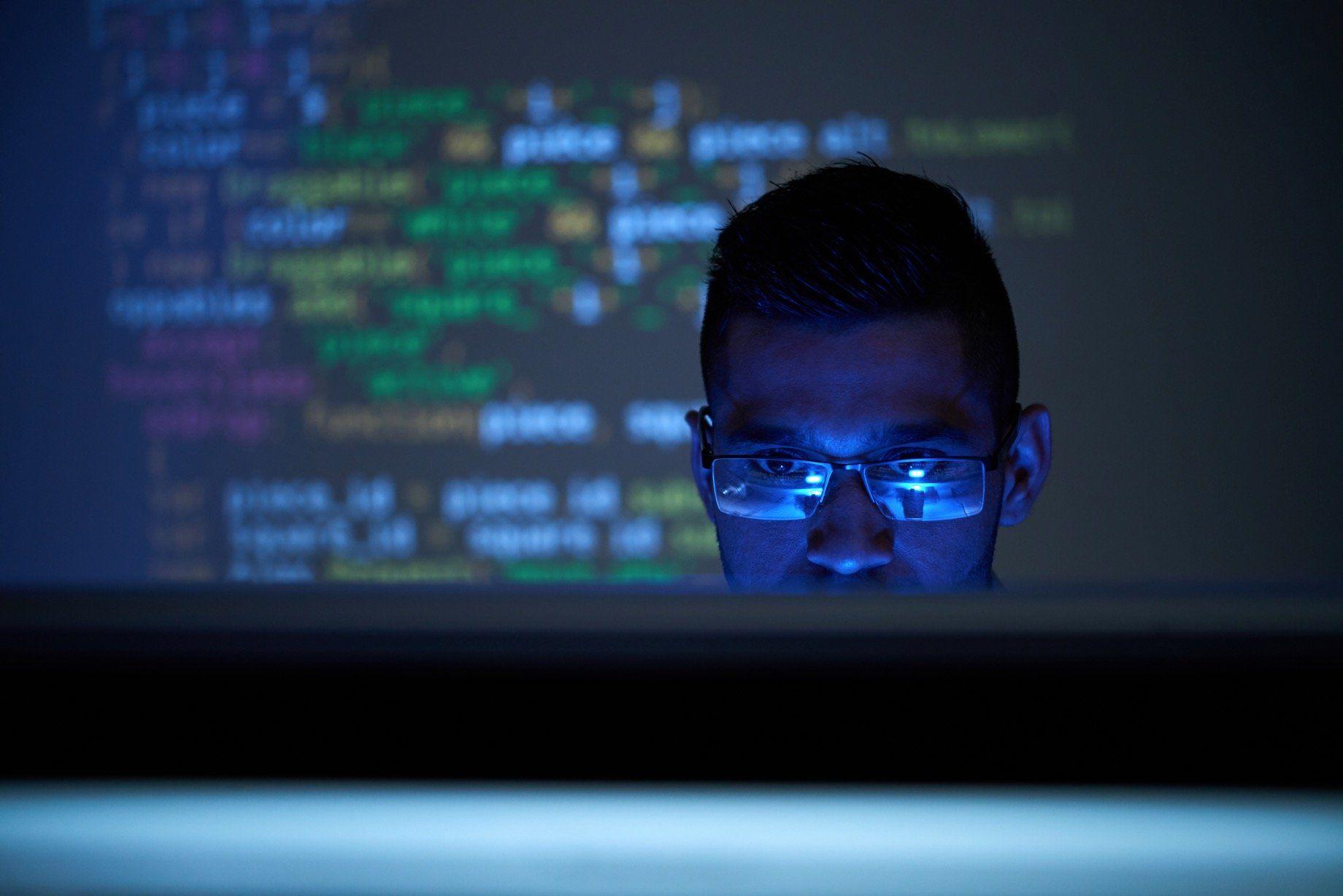 como detectar virus en una web